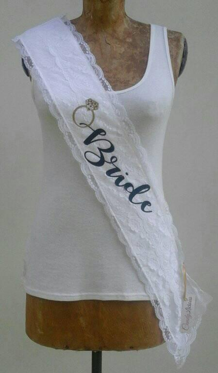 lace-&amp-satin-sash--ring--bride-001