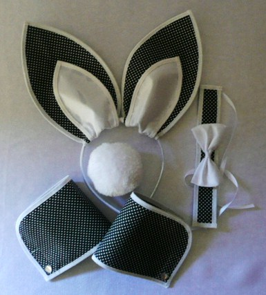 playboy-bunny-black-and-white-polka-dot--5-piece-set-