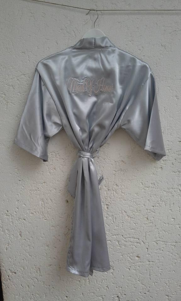 satin-robes-