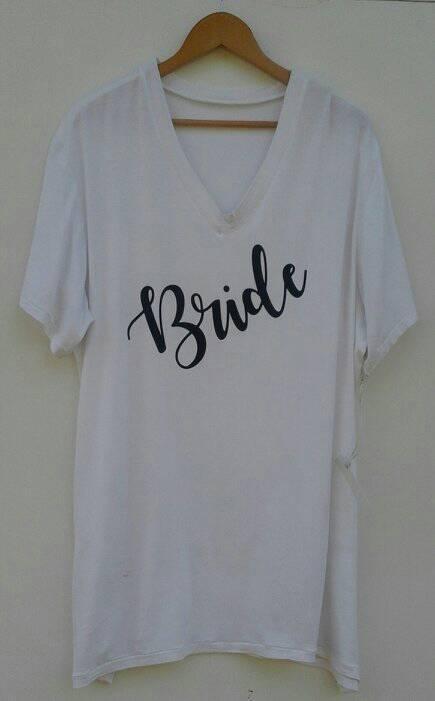 jumbo-t-shirt-&amp-slippers--white-&amp-navy-any-title-